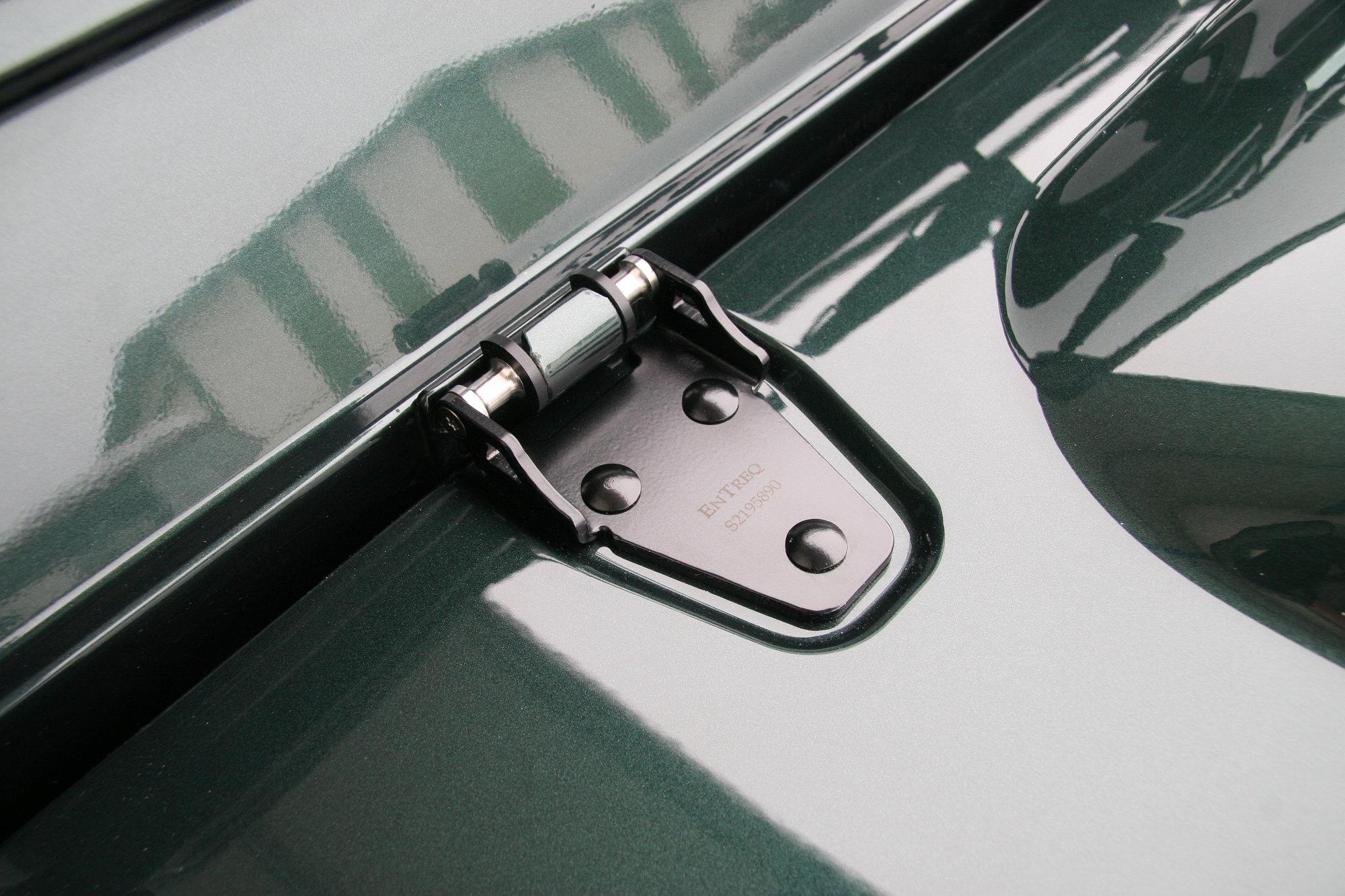 Haubenscharnier Land Rover Defender.003