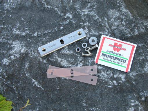 Randverstaerkung für Spritzlappenhalterung Land Rover Defender