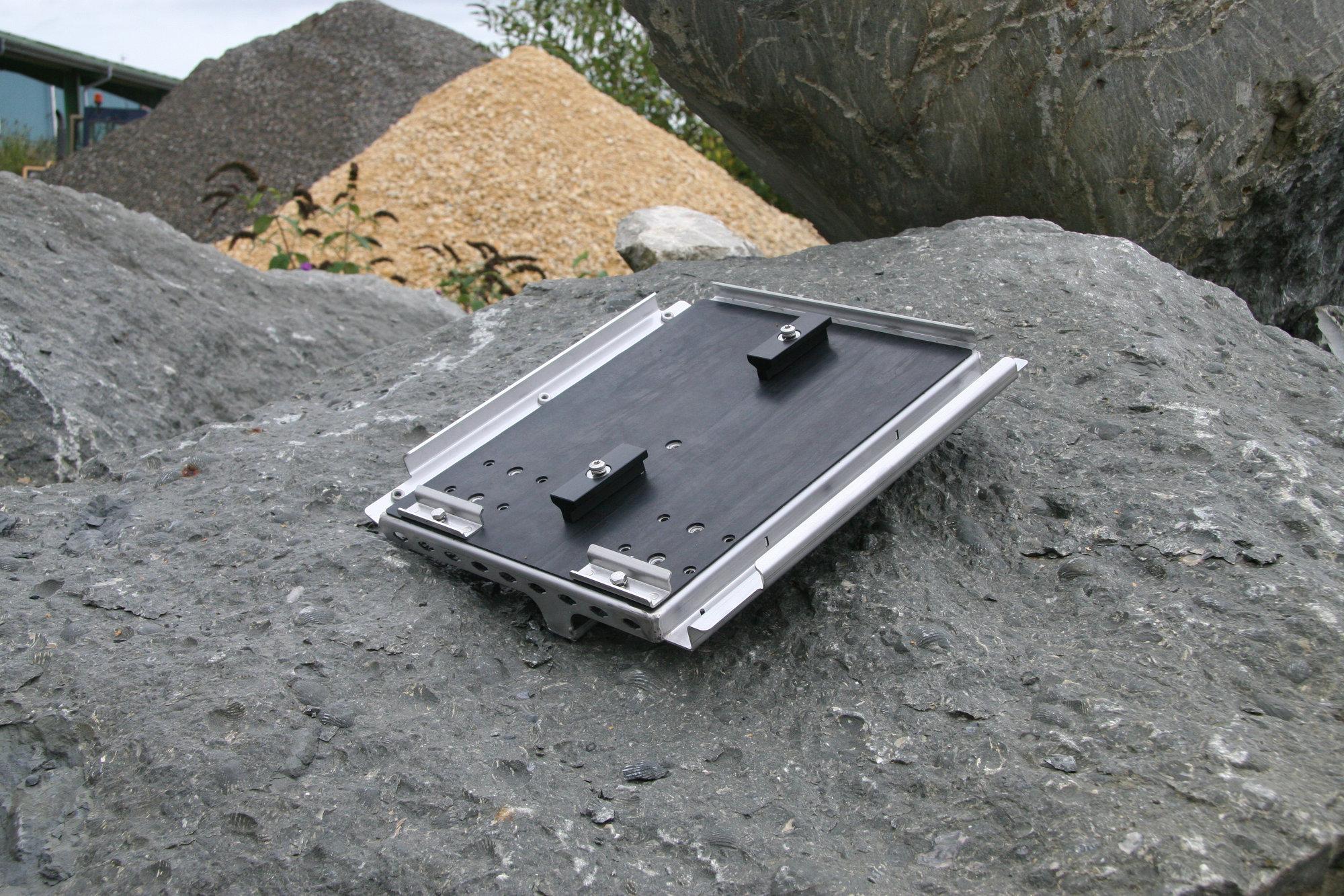 Doppelbatterietraeger Doppelbatteriehalterung Land Rover Defender.000