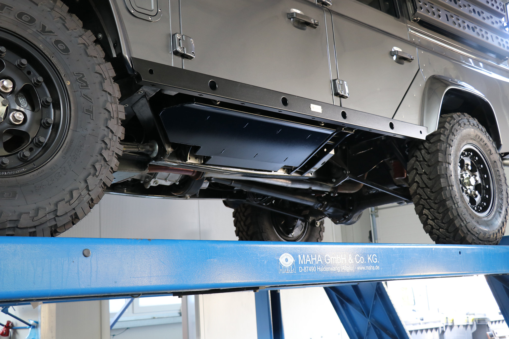 Unterflurtanks Land Rover Defender