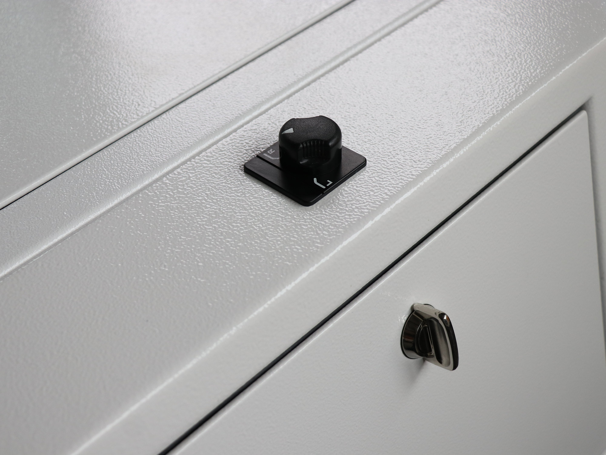 Webasto Airtop im Land Rover Defender.001