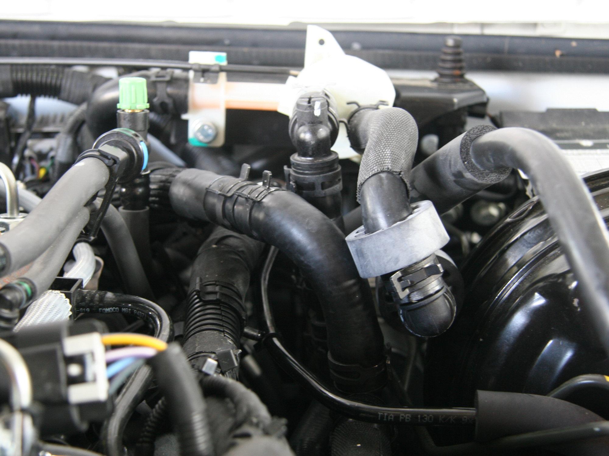 Installation des Heizwassersystems einer Webasto Evo 5+ in einen Land Rover Defender