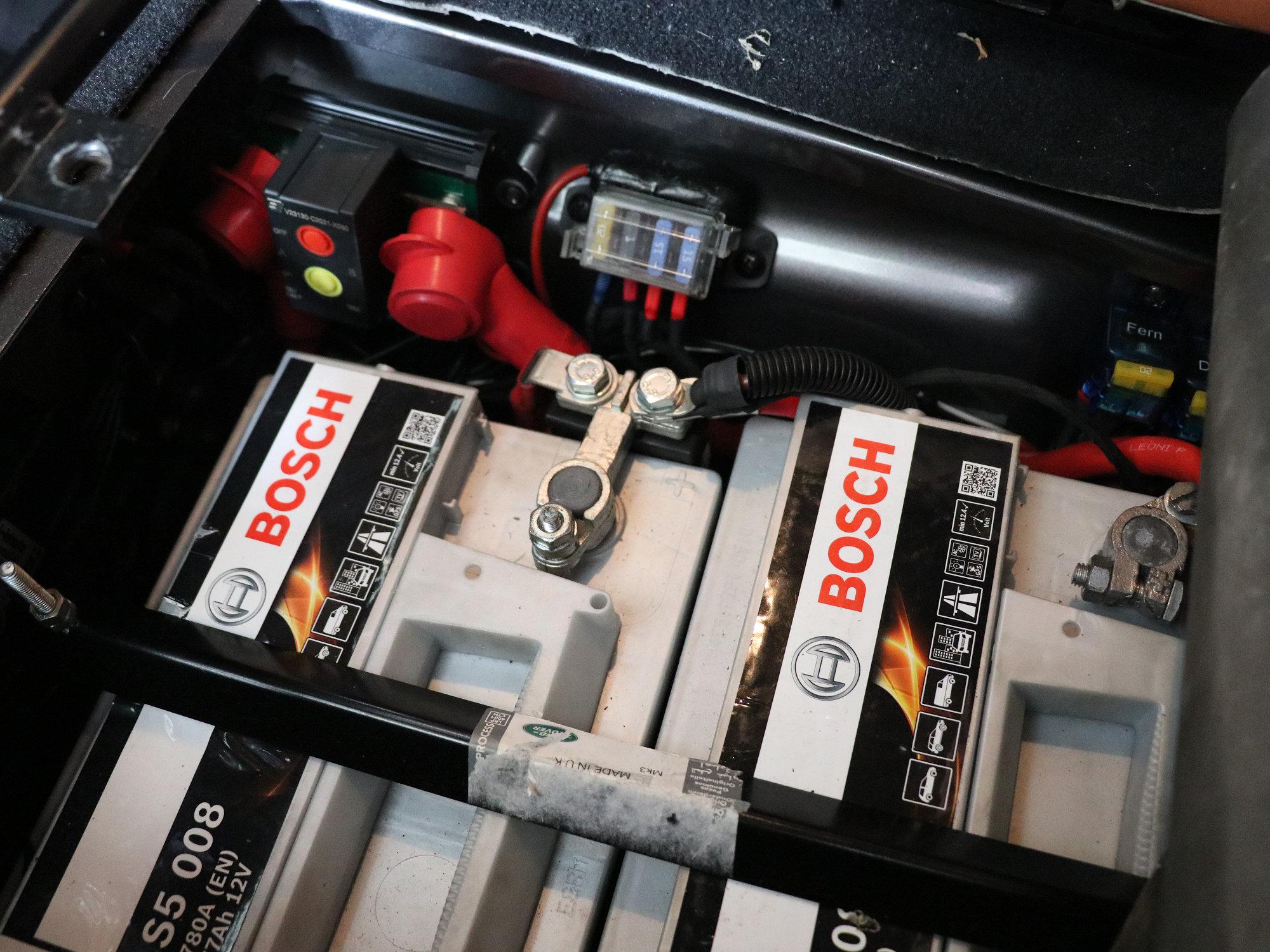 """Ausgangszustand: Das """"alte"""" Doppelbatteriesystem"""