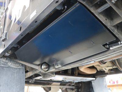 Unterflur-Dieseltanks 4-fach in Schwingmetall gelagert