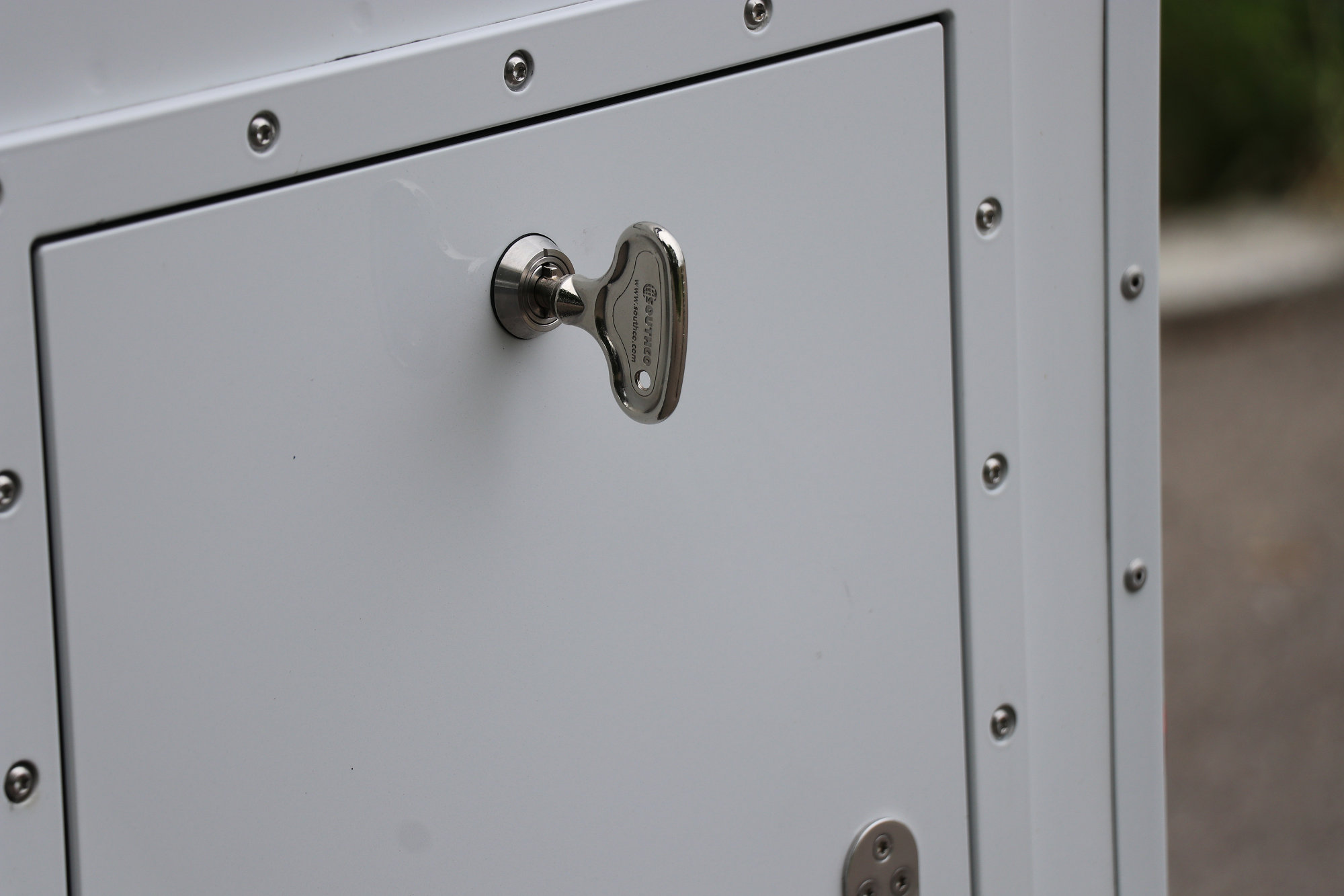 Staubox Seitenwand Radkastenstaubox Land Rover Defender.003