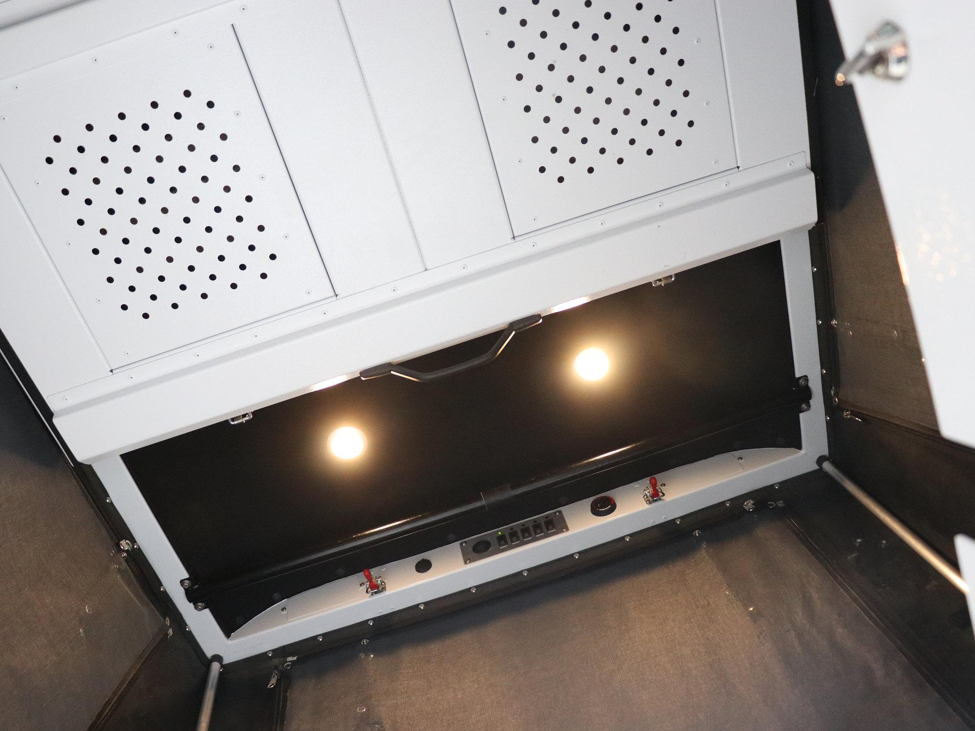 Prebit Innenraumleuchten Land Rover Defender.001