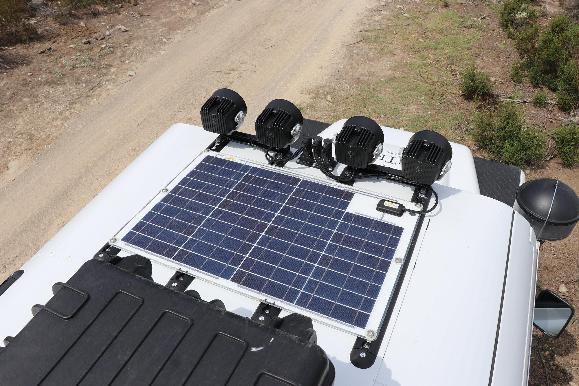 Sunware Solarpanel Land Rover Defender.001